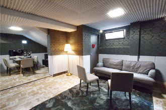 250 € par jour, 6 places assises , Paris, Studio d'enregistrement - Gare St Lazare