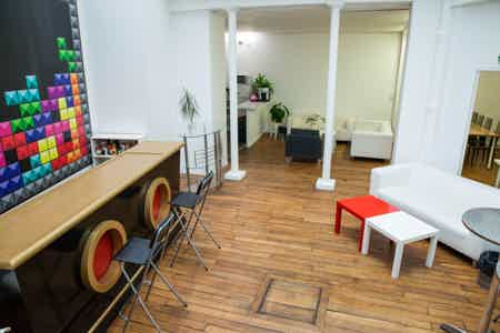 COWORKING FLEX STARTUP /ONG / GRAND COMPTE-3