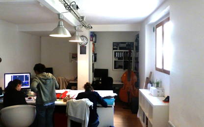 Open Space  6  postes Location bureau Paris 75020