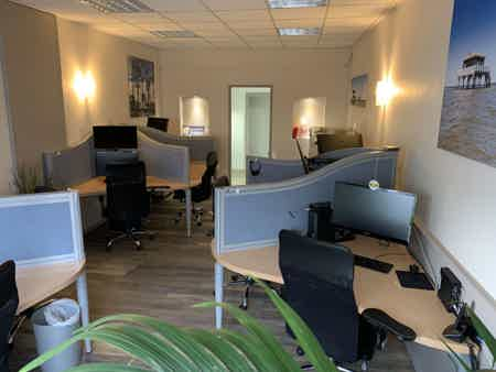 LOCATION DE BUREAU 17 M2 (4 positions)-12