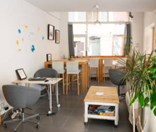 Open Space  3 postes Coworking Rue Chevalier Paul Toulon 83000