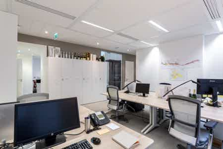 St Lazare / Sous-location 100% privative-4
