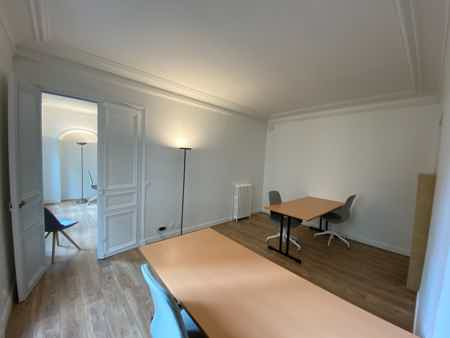 Bureau 40m2 + parties communes