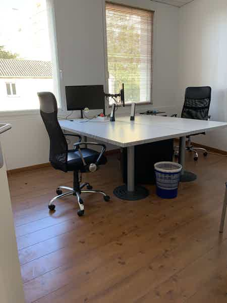 LOCATION DE BUREAU 17 M2 (4 positions)-13