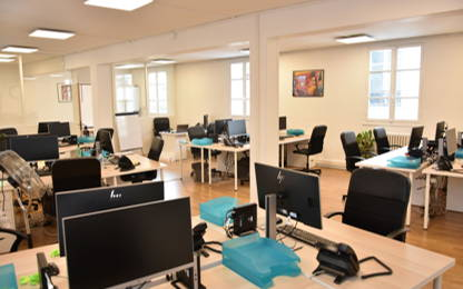 Open Space  16  postes Location bureau Paris 75012