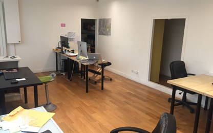 Open Space  2  postes Location bureau Paris 75011