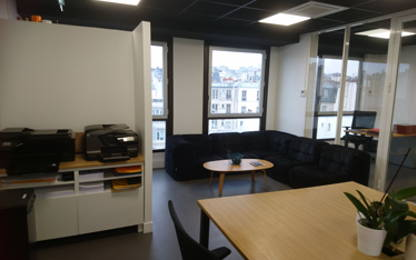 Open Space  3  postes Location bureau Paris 75009