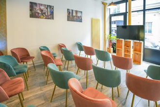 1 500 € par jour, 30 places assises 50 places debout , Paris, Showroom du marais - 30 personnes