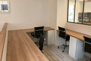 1 400 € par mois, 4 postes , Paris, Bureau privatif 4-5 postes