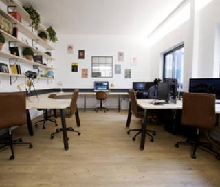 Open Space  2 postes Coworking Rue des Rigoles Paris 75020
