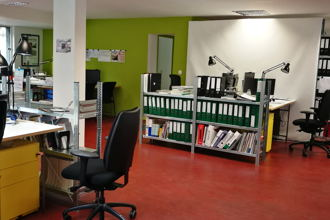 160 € par mois, 3 postes , Nantes, Mulitilingual Open Space for you !