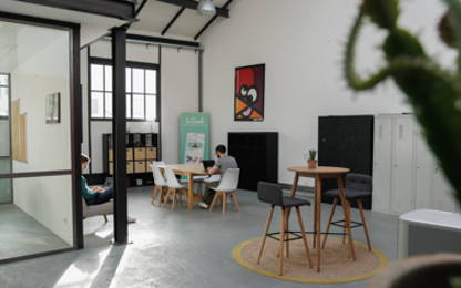 Open Space  6  postes Location bureau Lyon 69009