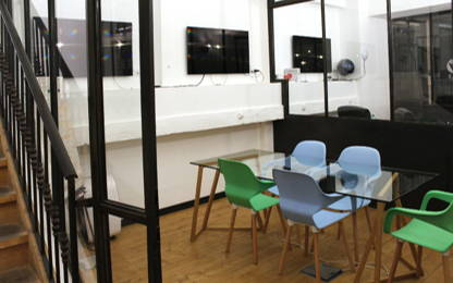 Open Space  12  postes Location bureau Bordeaux 33800