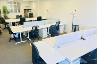 4 500 € par mois, 18 postes , Bordeaux, Coworking à Bordeaux - Bureau privatif