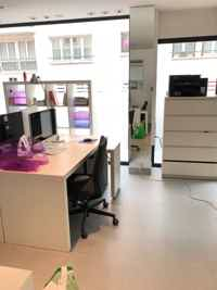 2 postes en co-working Montmartre-2