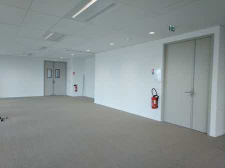 Open space lumineux - 228m²-2