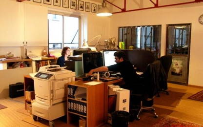 Open Space  1  poste Location bureau Paris 75020