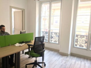 2 € par heure, 4 places assises 15 places debout , Paris, Location d'un poste de travail en coworking
