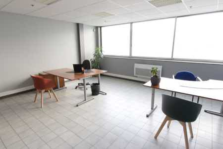 Location bureau privatif 35 m² à Tourcoing-1