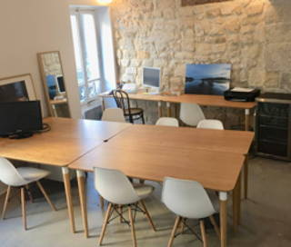 Open Space  2 postes Coworking Rue de Turenne Paris 75003