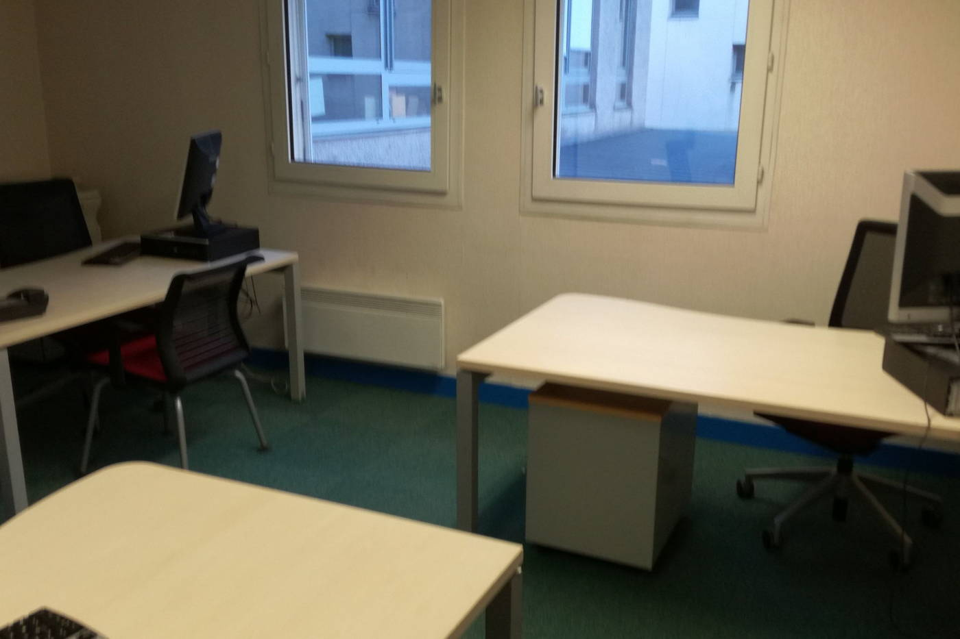 Coworking vierzon : bureau privatisable 3 personnes