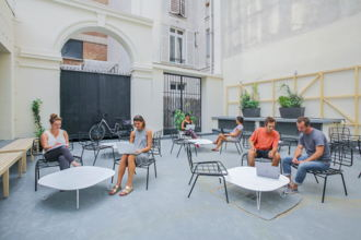 300 € par mois, 1 poste , Paris-8E-Arrondissement, Poste nomade en open space - Saint Lazare