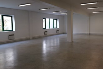 6 037 € par mois, 20 postes , Paris, Local de 210 m²