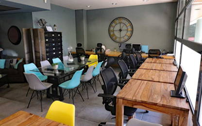 Open Space  16  postes Coworking Fréjus 83600