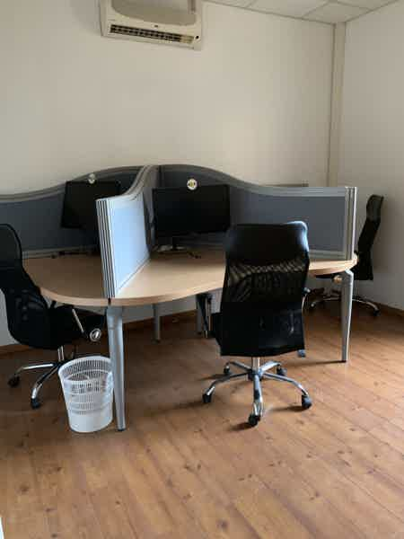 LOCATION DE BUREAU 17 M2 (4 positions)-14