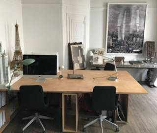 Open Space  2 postes Coworking Rue Vaneau Paris 75007