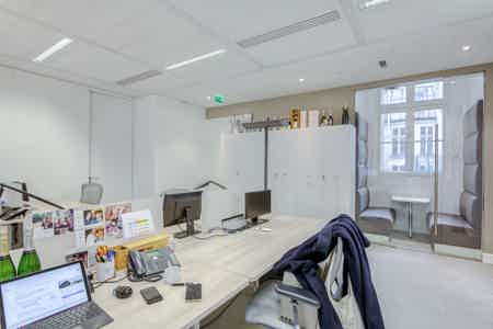 St Lazare / Sous-location 100% privative-5