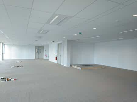 Open space lumineux - 228m²-1