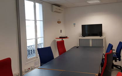 Open Space  21  postes Location bureau Paris 75011