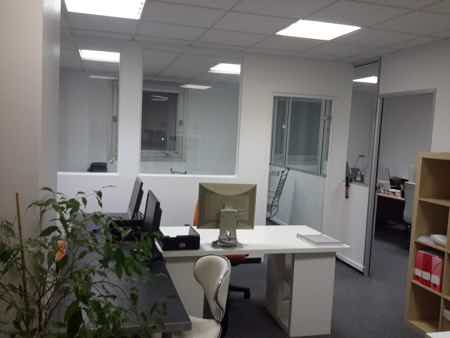 Open space de 16m2 pour 4 postes-1