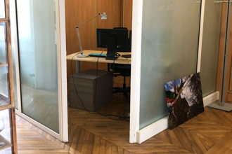400 € par mois, 1 poste , Paris, Bureau Triangle d'or 75008