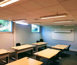 Bureau fermé 50 m² 12 postes Location bureau Avenue de Paris Massy 91300