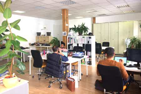 Espace co-working 140m² lumineux!