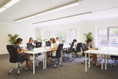 Postes nomades lumineux - Coworking 75010-4