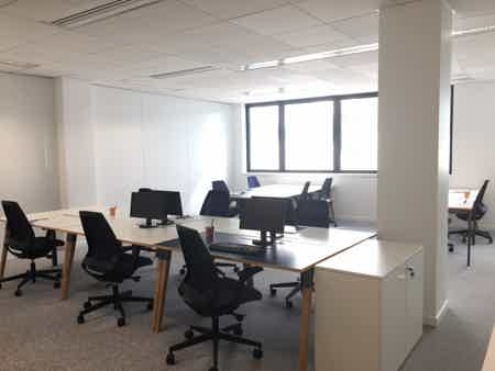 Suite Office de 11 à 13 postes - Joliette-4
