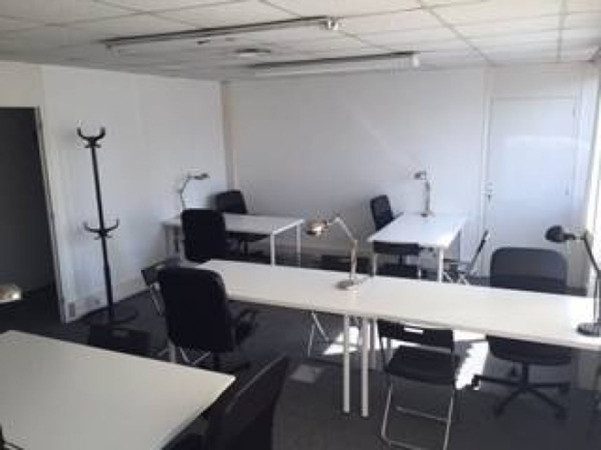 location salle nantes espace de coworking nantes. Black Bedroom Furniture Sets. Home Design Ideas