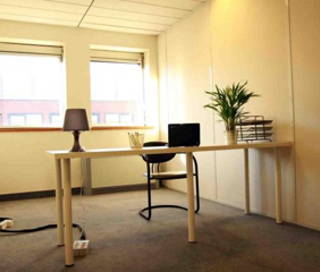 Open Space  8 postes Coworking Rue Jeanne Braconnier Meudon 92360