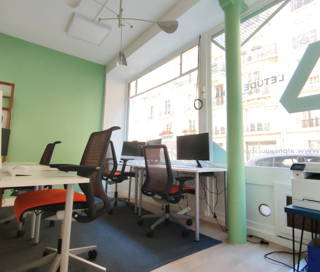 Open Space  2 postes Coworking Rue José-Maria de Heredia Paris 75007