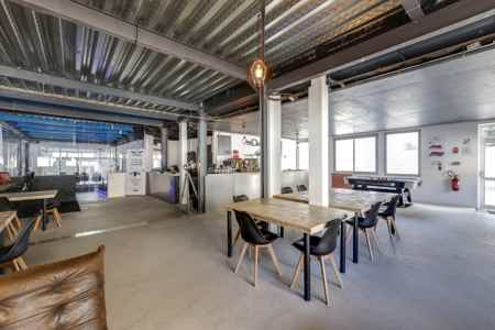 Ateliers atypiques - Poste coworking
