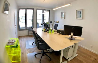 320 € par mois, 2 postes , Paris, Location 1 à 2 postes coworking paris 16