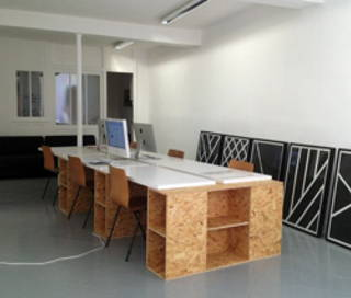 Open Space  2 postes Coworking Rue de Montmorency Paris 75003