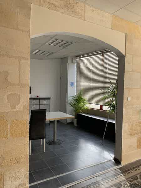 LOCATION DE BUREAU 17 M2 (4 positions)-6