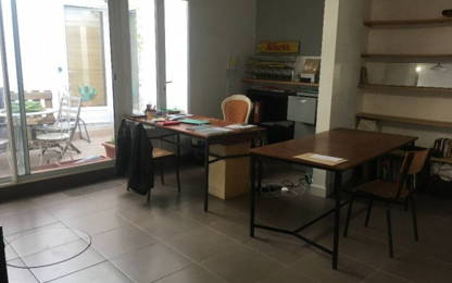 Open Space  4  postes Location bureau Paris 75020