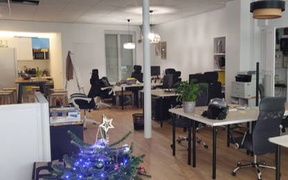 Open Space  4  postes Location bureau Paris 75018