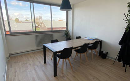 Open Space  4  postes Location bureau Montreuil 93100