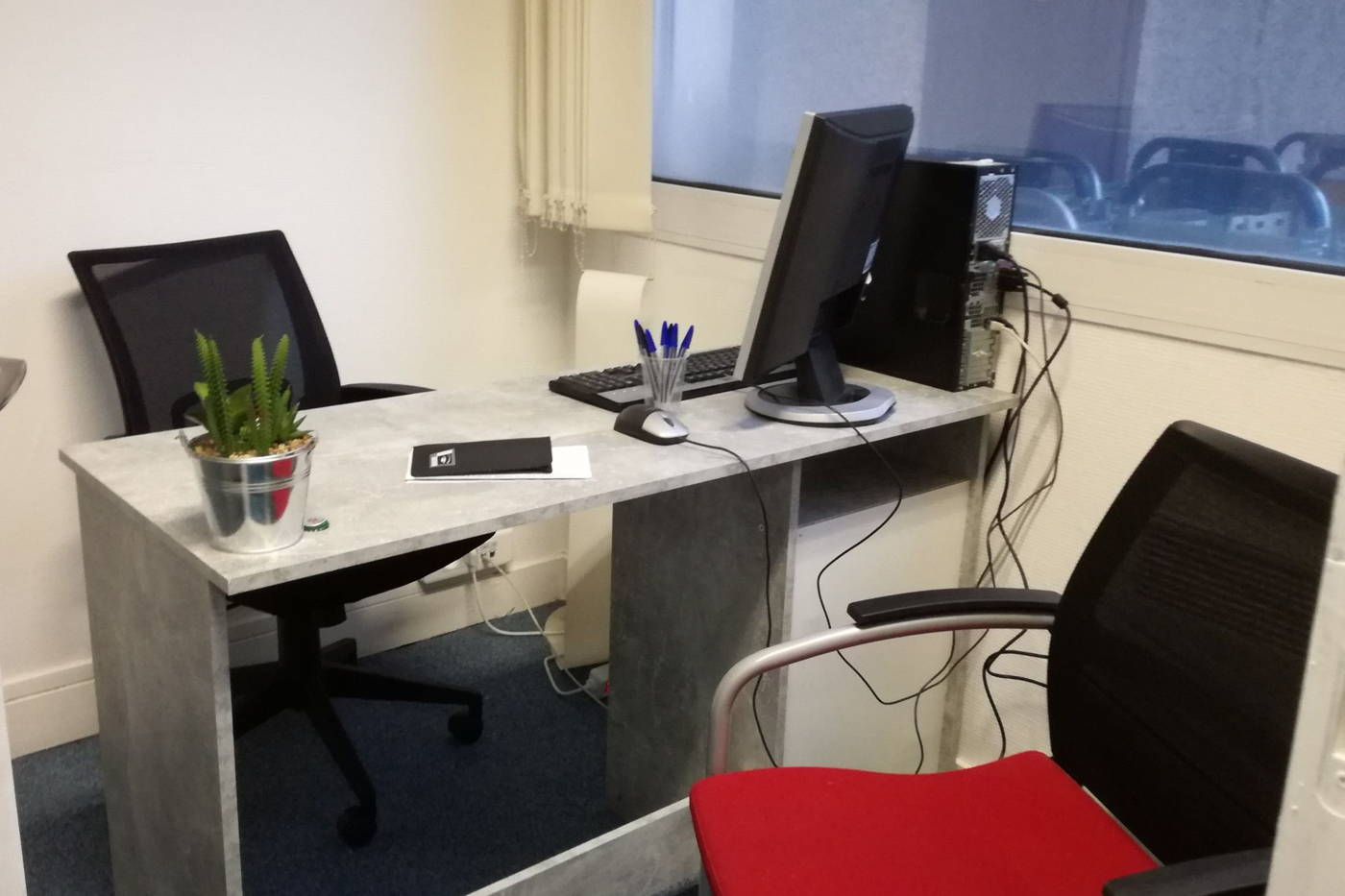 Coworking vierzon : bureau privatisable 1 personne